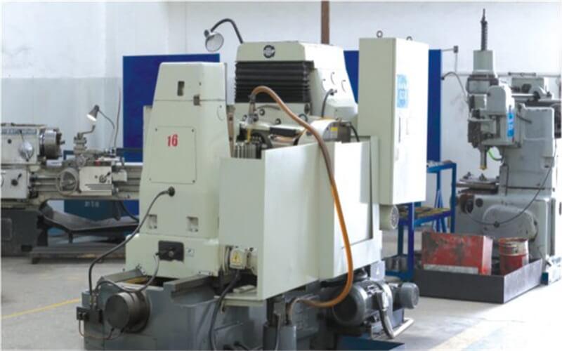 Y3180HM CNC gear hobbing machine